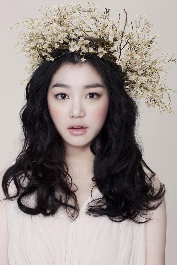 6 mẹo trang điểm màu pastel kiểu Hàn cho các nàng công sở