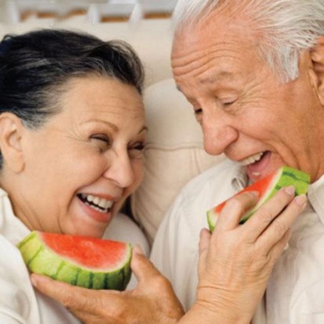 Cách ăn phù hợp với người cao tuổi