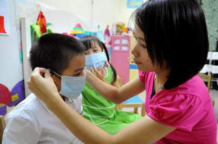 Phòng bệnh hô hấp cho trẻ em khi thời tiết giao mùa