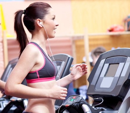 Lý do bạn nên nghe nhạc khi tập thể thao giảm cân