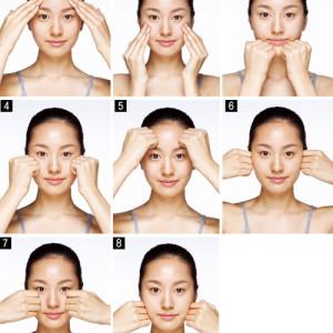 """""""Cải lão"""" da mặt bằng cách massage kiểu Hàn"""