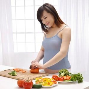 Dinh dưỡng cho bà bầu trong 3 tháng đầu