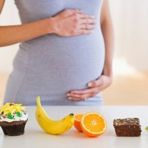 Chế độ dinh dưỡng cho bà bầu 3 tháng đầu và 3 tháng cuối thai kỳ