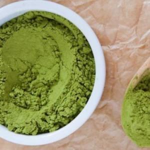 Tìm hiểu tác dụng và cách làm trắng da bằng bột trà xanh