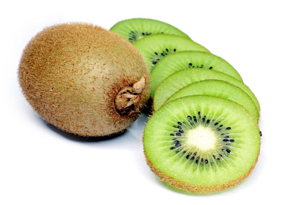 Cách làm trắng da toàn thân với kiwi