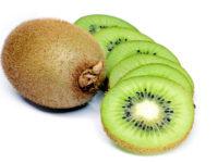 Phương pháp làm trắng da toàn thân bằng kiwi và chanh