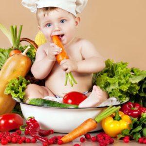 Dinh dưỡng cho bé cho từng giai đoạn từ 4 đến 8 tháng tuổi