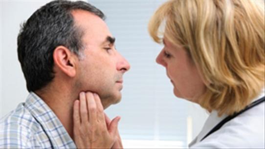 Những dấu hiệu của bệnh ung thư vòm họng