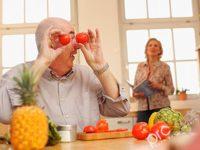 Một số lưu ý trong chế độ ăn cho người già bạn nên biết