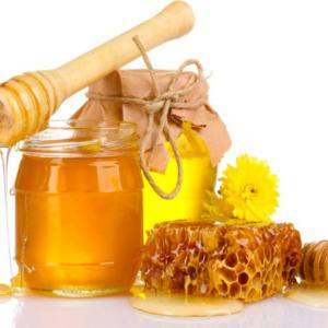3 cách trị thâm quầng mắt bằng mật ong