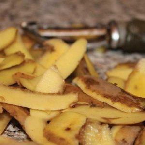 Cách chữa tóc bạc sớm bằng vỏ khoai tây mà ít ai ngờ tới