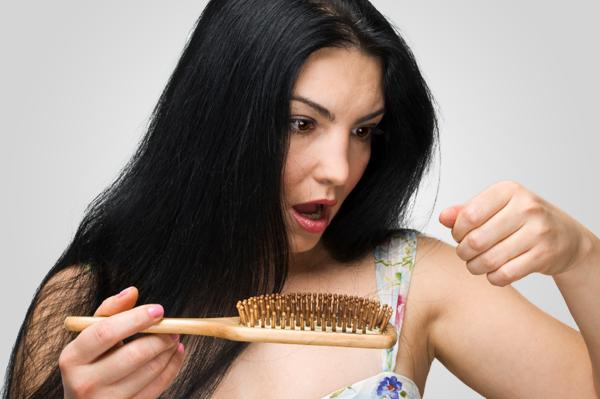 Nguyên nhân rụng tóc nhiều