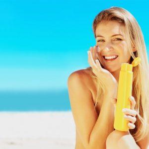 Tuyệt chiêu dùng kem chống nắng an toàn cho da nhạy cảm