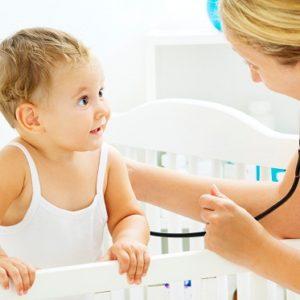 Nguyên nhân, triệu chứng của bệnh viêm đường hô hấp trên ở trẻ nhỏ