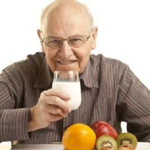Đồ uống nào tốt cho tim mạch người cao tuổi?