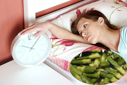 Điều trị mất ngủ bằng tim sen