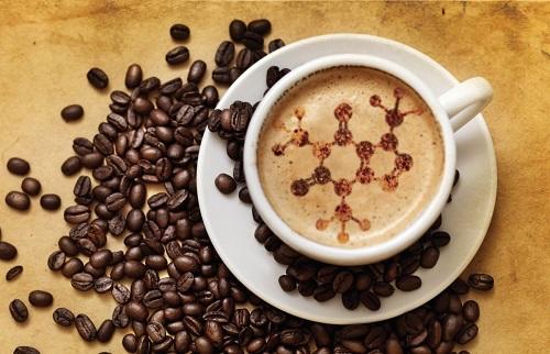 Người viêm xoang nên kiêng uống cà phê