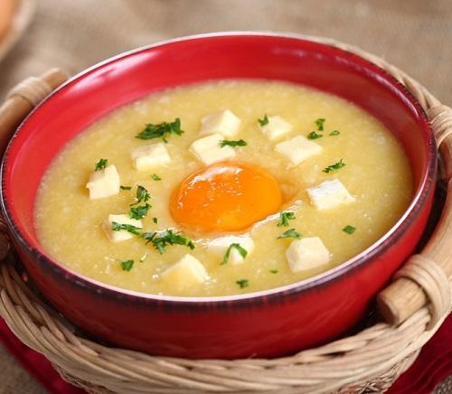 Ăn cháo trứng nóng giải cảm cho mẹ bầu