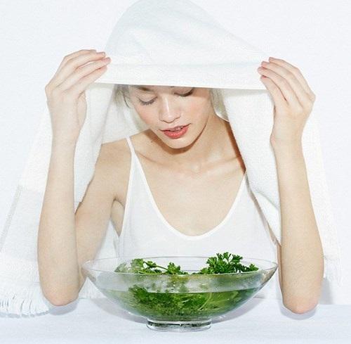 Mẹ bầu không nên xông hơi giải cảm khi bị cảm cúm