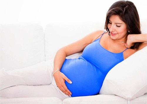 Có một chế độ ăn uống, nghỉ ngơi hợp lý để giảm axit dạ dày khi mang thai