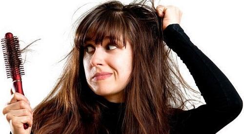Tóc rụng do nhiều nguyên nhân