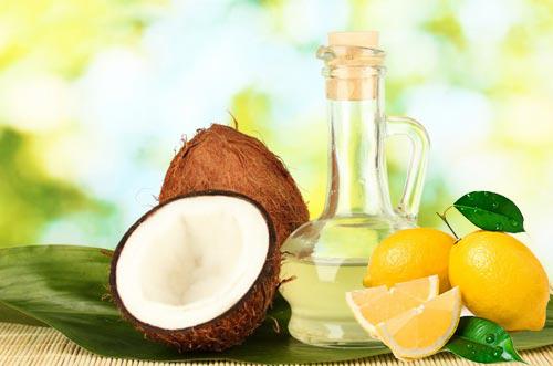 Cách giảm rụng tóc bằng dầu dừa và chanh