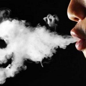 Ung thư vì mùi thuốc lá chứa trong nhà