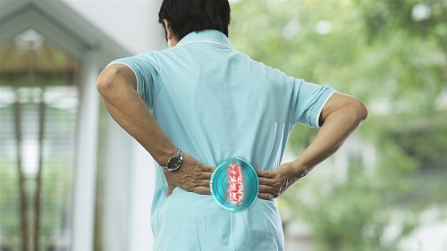 Bệnh gai cột sống là căn bệnh ảnh hưởng đến công việc, sinh hoạt