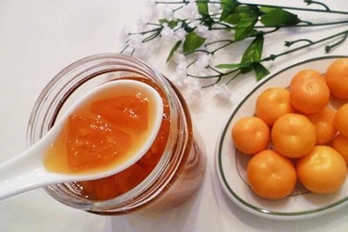 Chữa viêm amidan cho trẻ bằng mật ong và chanh