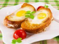 6 món ăn sáng ngon và dễ làm cho bé biếng ăn