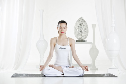 Bài tập yoga chữa đau dạ dày 1: Thở