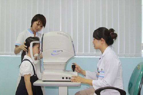 Các triệu chứng suy giảm thị lực