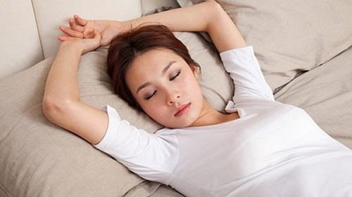 Ngủ trưa giúp tăng cân hiệu quả
