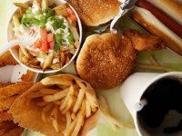 Hạn chế đồ ăn chứa nhiều dầu mỡ
