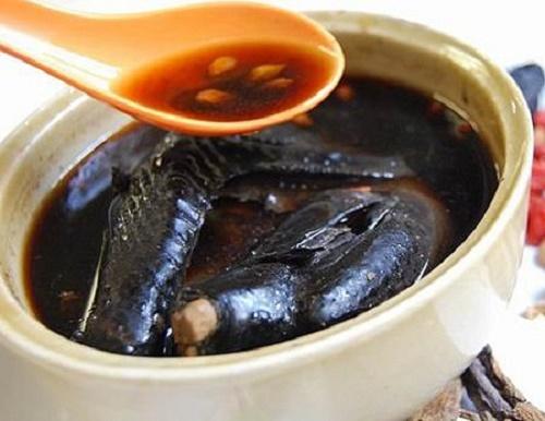 Cá trê nấu đậu đen