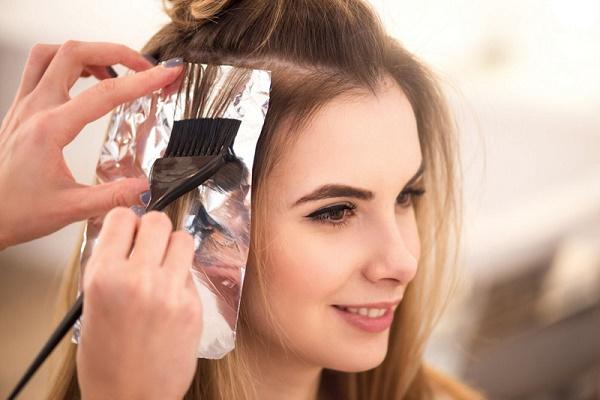 Tác hại của nhuộm tóc bằng hóa chất và cách khắc phục