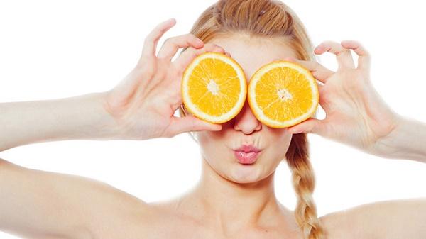 Cam là nguồn thực phẩm giàu vitamin C